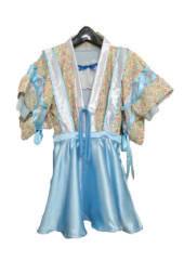 ライトブルー舞台衣装
