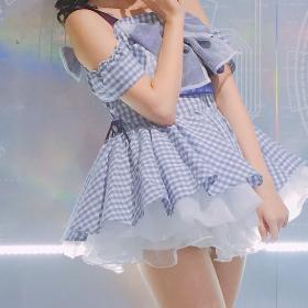 水色のアイドル衣装